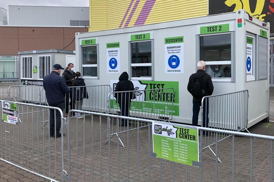 Zwei weitere Test-Center haben ab sofort in Dresden geöffnet.
