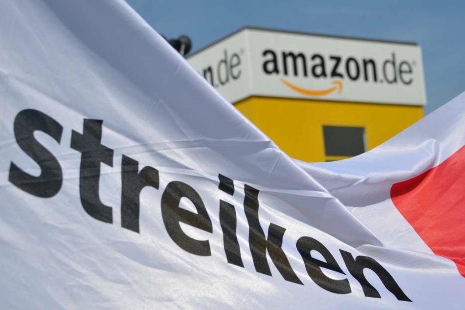 Bis Dienstagabend sollen die Streiks bei Amazon in Bad Hersfeld noch andauern (Symbolbild).