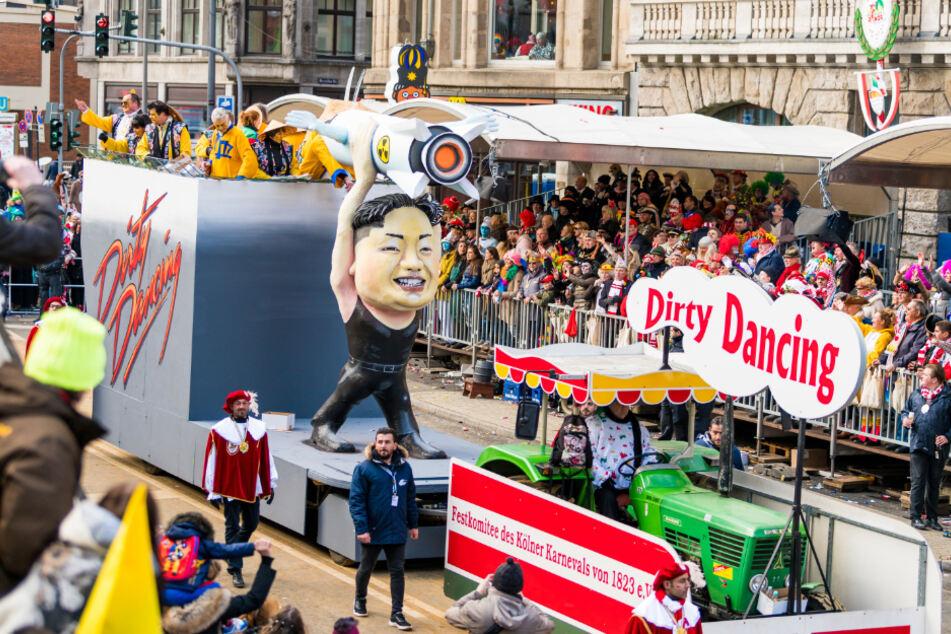 Der Rosenmontagszug geht mitten durch einen der besten Stadtteile Kölns an Karneval: die Innenstadt.
