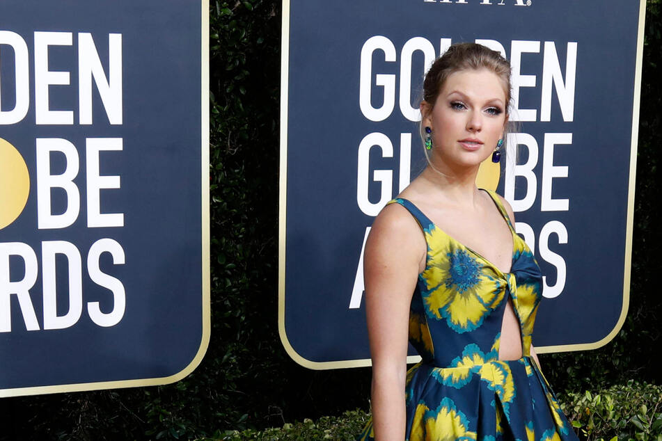 Taylor Swift releases second pandemic album and tells Evermore great stories