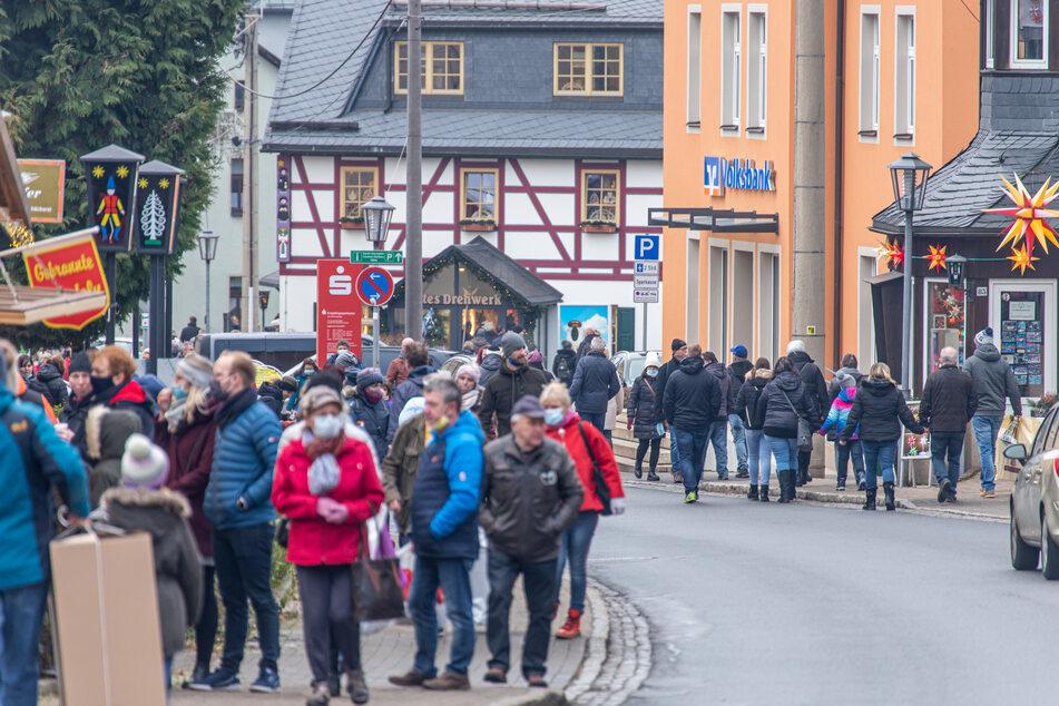 Nach Besucheransturm: Mehr Kontrollen in Seiffen angekündigt