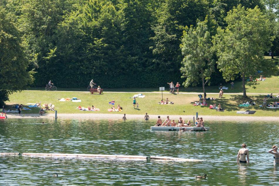 Am Breitenauer See tummelten sich am vergangenen Wochenende nach Polizeiangaben etwa 10.000 Menschen.