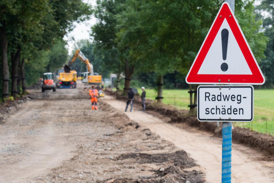 Eine Straße und ein Radweg zwischen Hannover und Hemmingen in der Region Hannover werden erneuert.