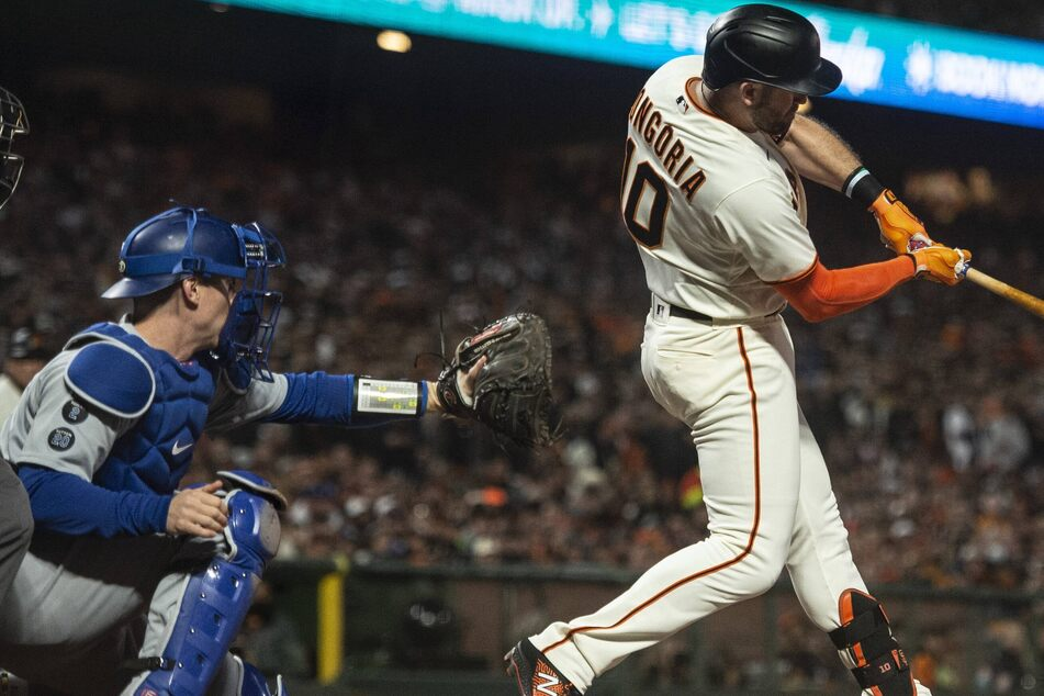 MLB: The Giants take the series lead after a tense pitcher's duel with the Dodgers