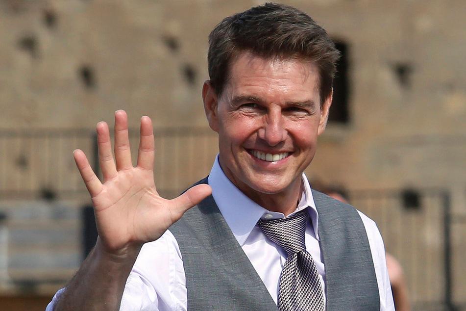 """Tom Cruise (59) kommt als Kampfpilot Pete """"Maverick"""" Mitchell erst später zurück."""