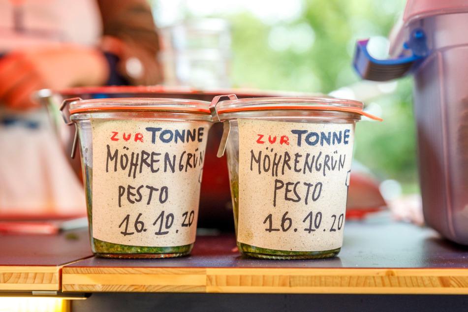 Pesto aus dem, was sonst weggeworfen wird: Auf dem Lingnermarkt gab's Mohrengrün-Pesto.