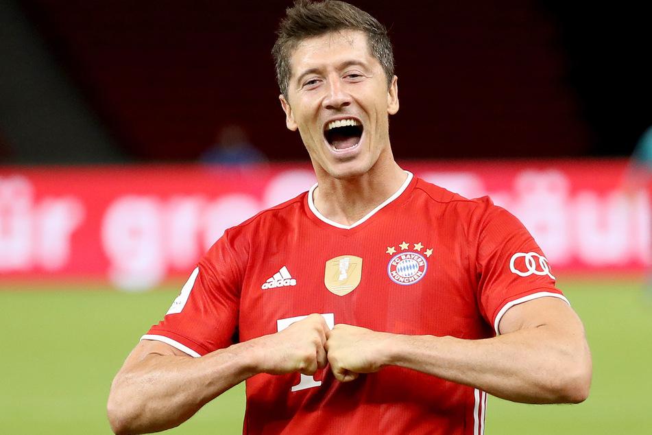 Robert Lewandowski (31) will mit dem FC Bayern München nach Meisterschaft und dem Triumph im DFB-Pokal das Triple.