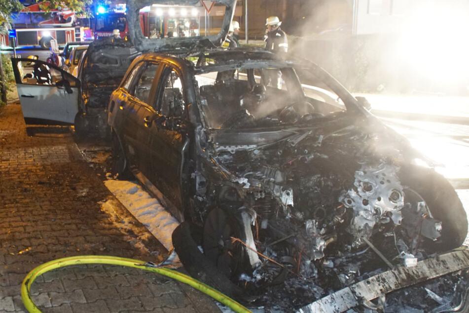 Vermutlich Brandstiftung: Zwei Autobrände in Pforzheim