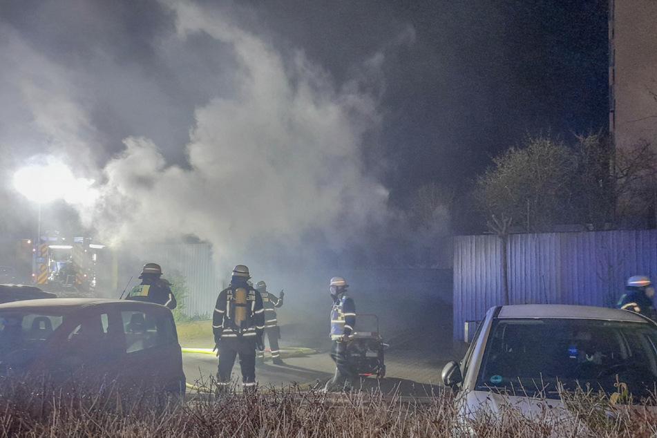 Drei Autos fackeln in Tiefgarage ab: Polizei geht von Brandstiftung aus