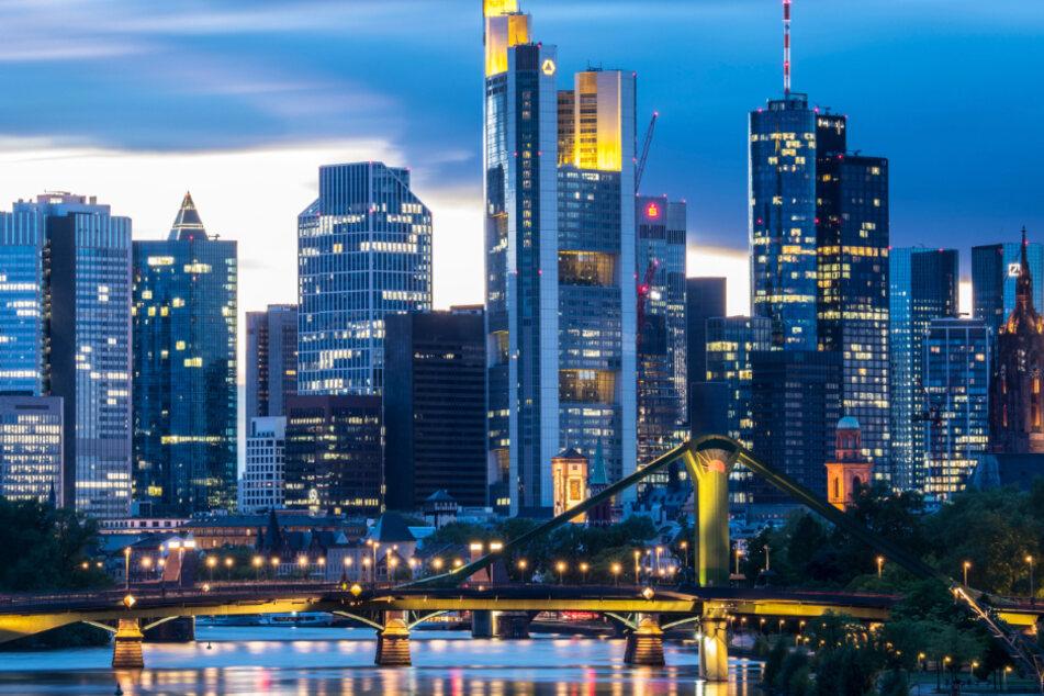 Kommt es in der Bankenstadt Frankfurt wegen zu hoher Stickstoff-Werte doch noch zu Fahrverboten?