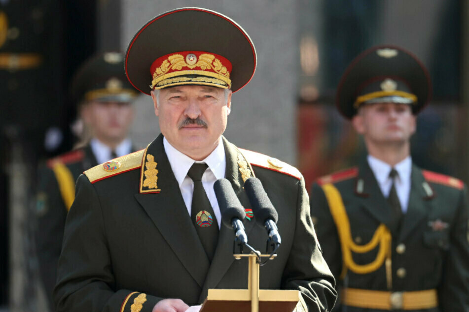 Alexander Lukaschenko, Präsident von Belarus, hält bei der Zeremonie zu seiner Amtseinführung am 23. September 2020 eine Rede. Er ist bereits seit 26 Jahren an der Macht.
