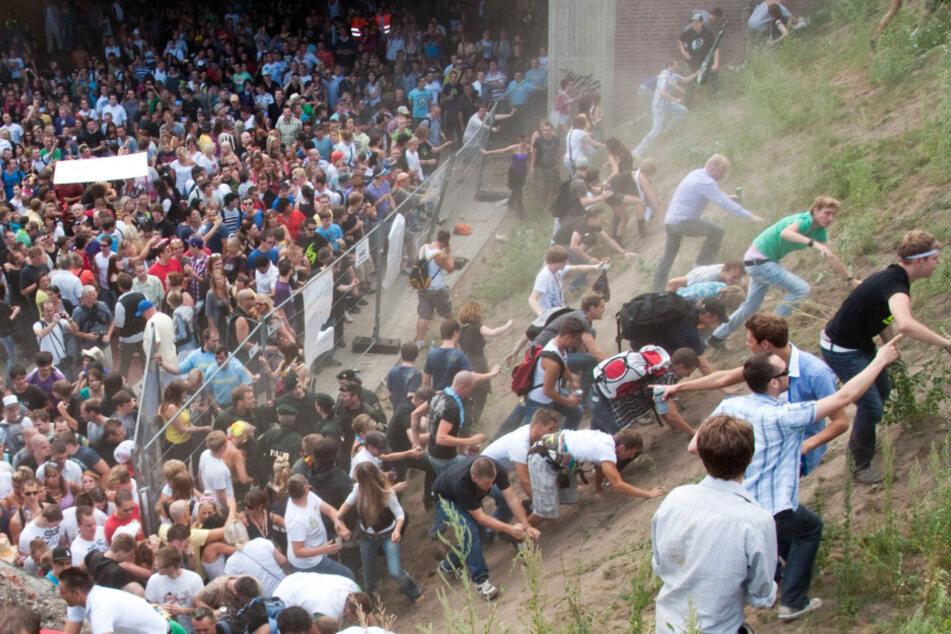 Heute vor 10 Jahren: Gedenken an Loveparade-Katastrophe
