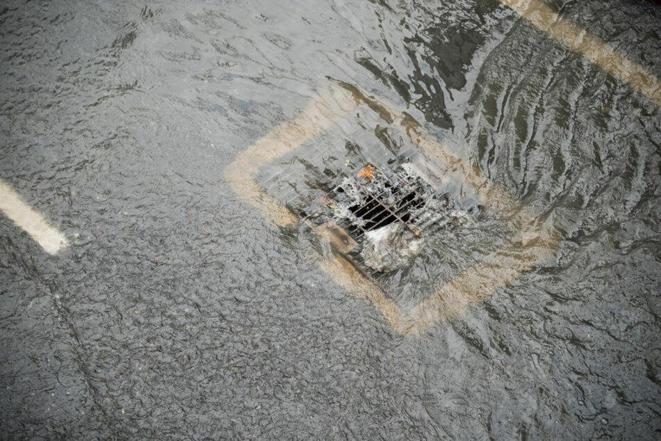 Hochwasser hat in Sonneberg eine Leiche angespült. (Symbolbild)