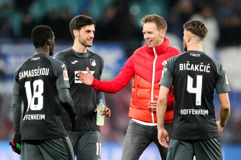 Julian Nagelsmann und Florian Grillitsch (2. v.l.) trafen erstmals im Dezember 2019 in der Red-Bull-Arena wieder aufeinander.