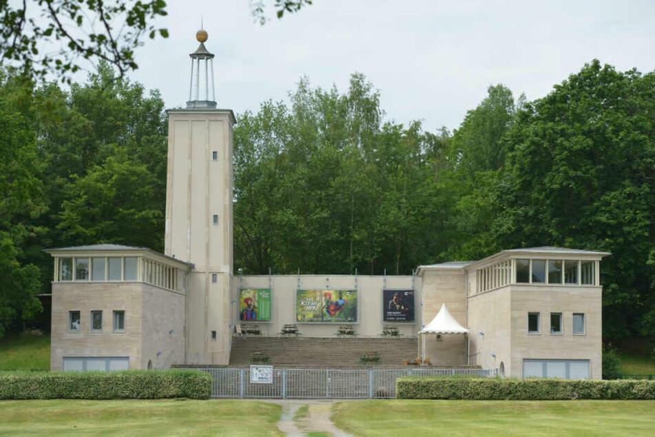 Im Juni und Juli spielen die Theater Chemnitz auf der Küchwaldbühne. (Archivfoto)