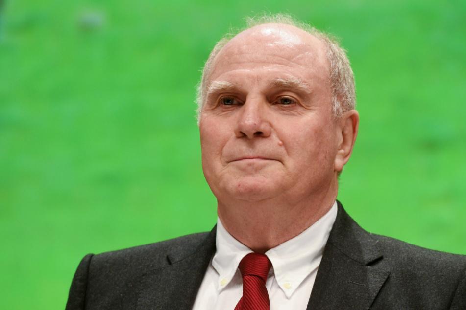 Uli Hoeneß (69) fordert ein Aufbauprogramm, um die Menschen wieder aktiv für den Sport zu begeistern.