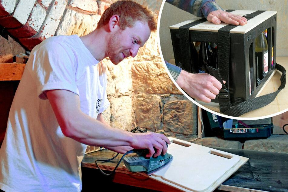 In seiner Werkstatt im Keller hat Tilmann Rothe den Prototypen gebastelt. Der fertige Kasten wird transportsicher umgegurtet (r.)