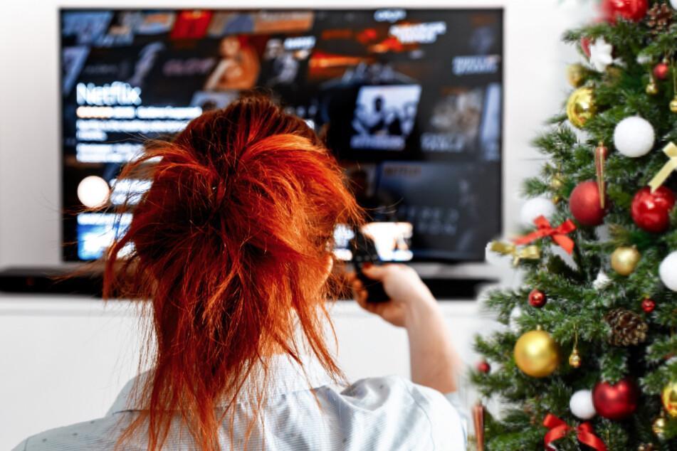 Diese Geheimcodes schalten versteckte Weihnachtsfilme auf Netflix frei!
