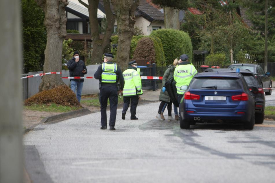 Szenen wie in einem Action-Film! Fahranfänger rast Polizei davon, Beamte feuern auf Auto