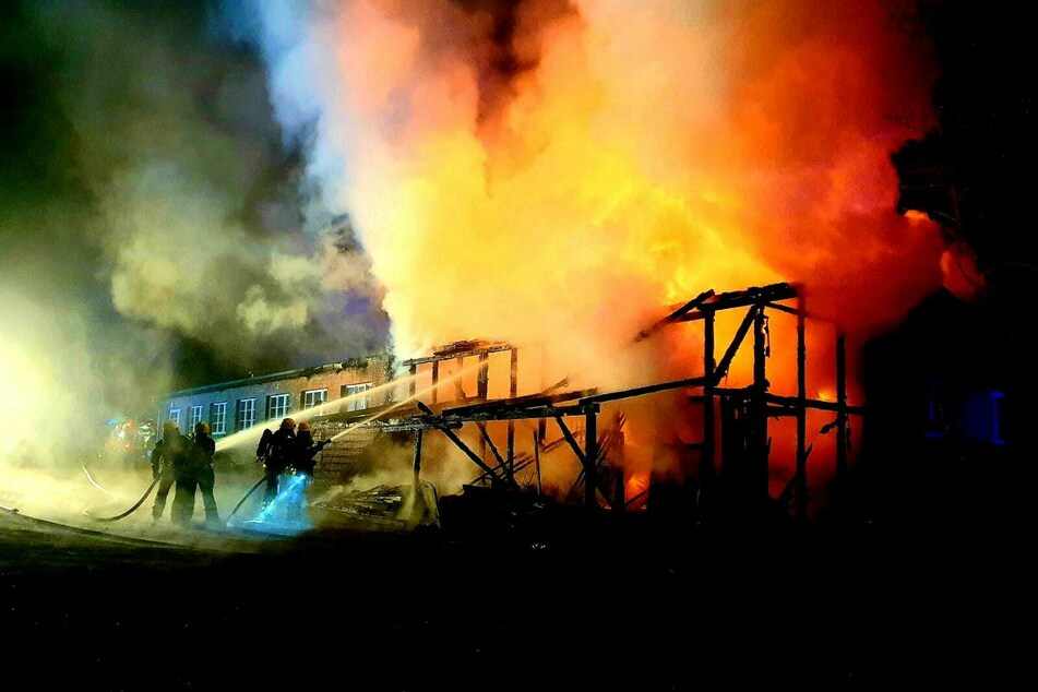 Eine Halle in Lobetal brannte.