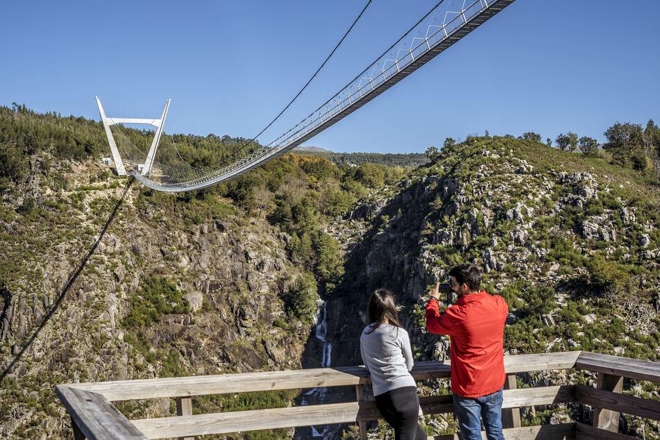 Portugals neue Touri-Attraktion: Diese Brücke ist nichts für Angsthasen!