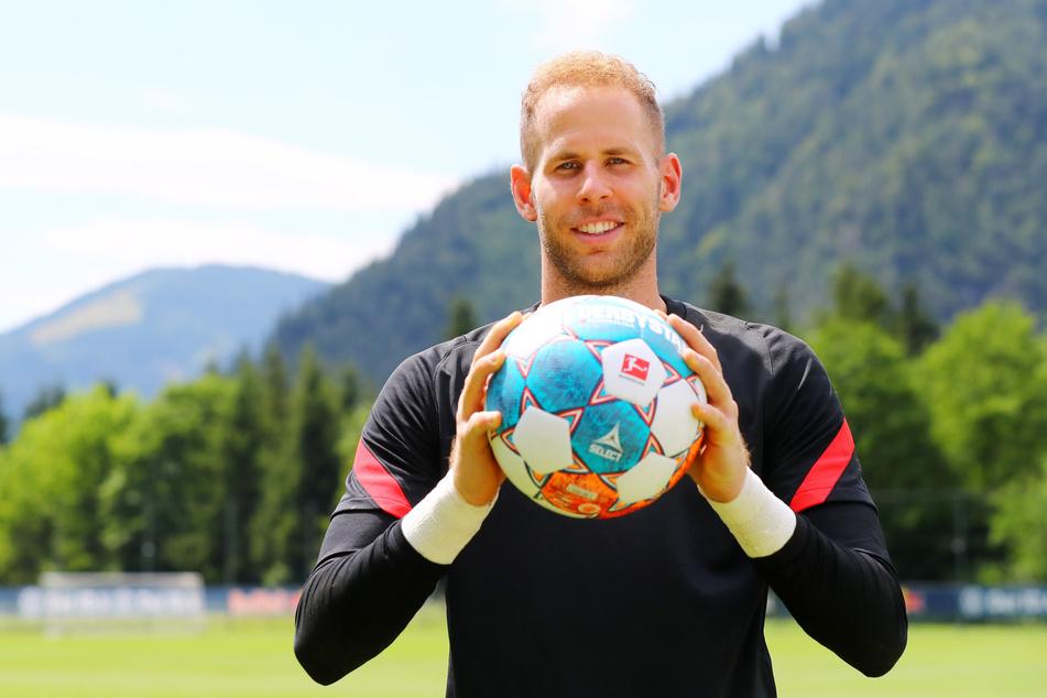 RB Leipzigs Torwart Peter Gulacsi (31) trainiert mit seinen Mannschaftskollegen aktuell in Saalfelden.