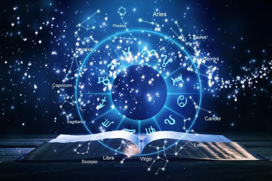 Das kostenlose Wochenhoroskop für alle Sternzeichen: Deine komplette Horoskop Woche auf TAG24! (Foto: 123RF/olegdudko)