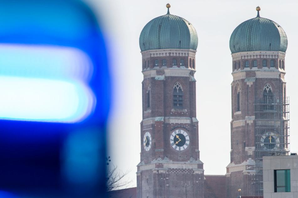 Eine Polizeikontrolle ist in München eskaliert. (Symbolbild)