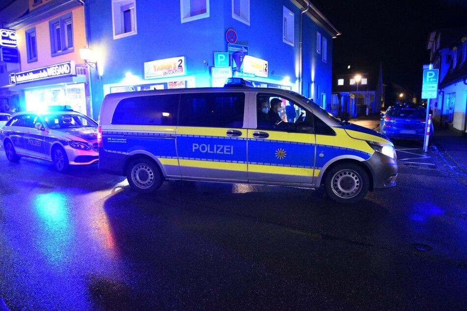 Die eingeleiteten Fahndungsmaßnahmen führten noch nicht zur Ermittlung der beobachteten Person und des Geländewagens. (Foto: Symbolbild)