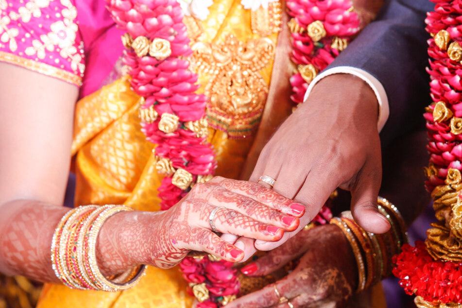 Ehemann nimmt sich wegen fehlendem Sex das Leben, Frau festgenommen