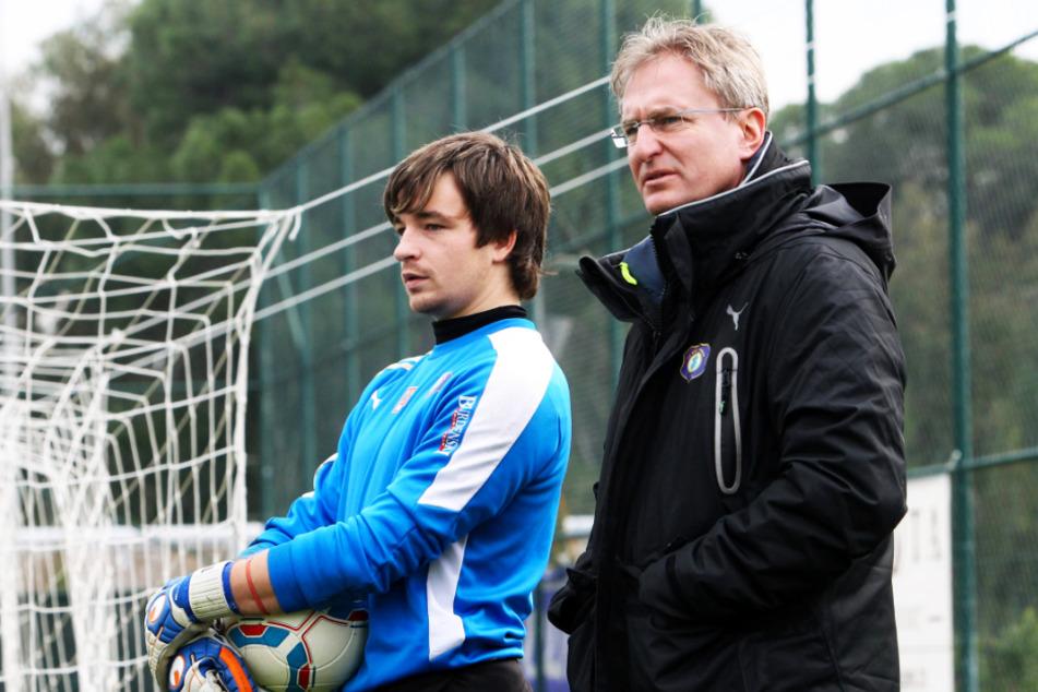 Steffen Heidrich (r.) im Januar 2012 als Sportdirektor des FC Erzgebirge Aue - mit dem damals 23-jährigen Martin Männel.