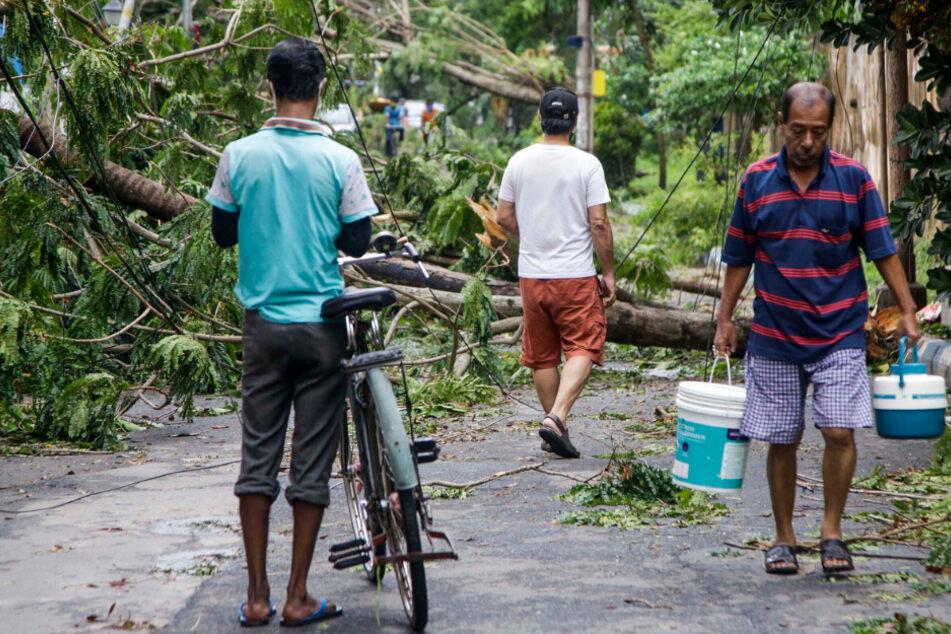 """Krasse Bilder von Mega-Zyklon """"Amphan"""": Mindestens 19 Millionen Kinder laut UN bedroht"""