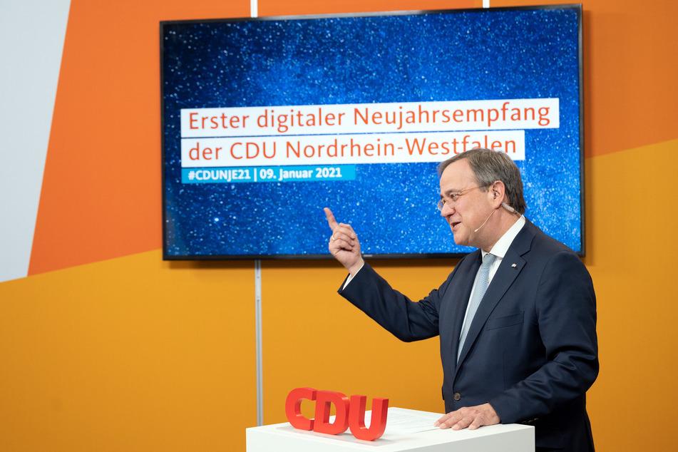 """Laschet schießt gegen SPD: """"Keine Verantwortung"""" in Corona-Krise"""