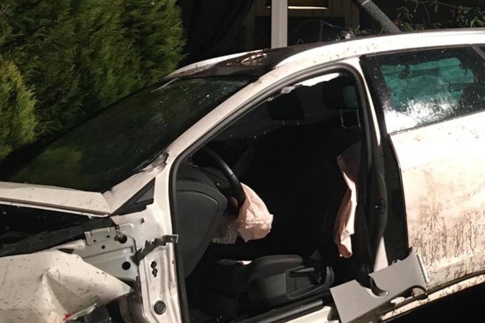Schwerer Unfall unter Alkohol und Drogen: Gegenstände fliegen über Terrassentür ins Wohnzimmer