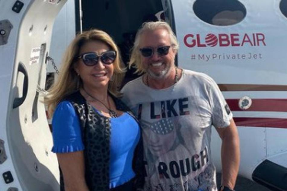 """Die """"Jet-Set""""-Interpretin und ihr Ehemann Robert Geiss (57) genießen das Leben der Reichen und Schönen in vollen Zügen."""