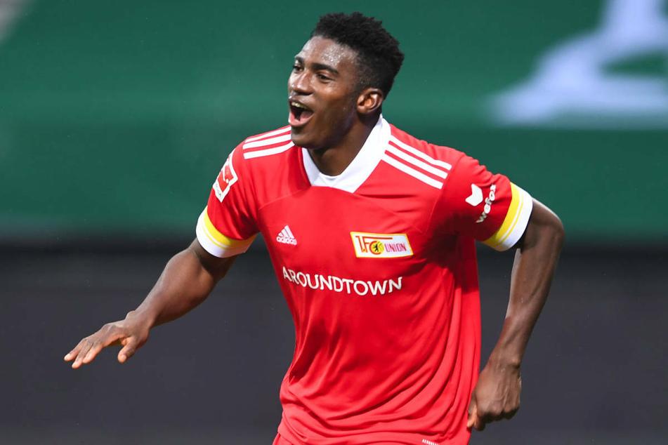 Taiwo Awoniyi (23) verstärkte Union Berlin in der vergangenen Saison bereits auf Leihbasis und ist nun fest von den Eisernen verpflichtet worden.
