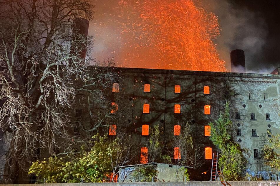 Die Ursache für den Brand ist noch unklar.