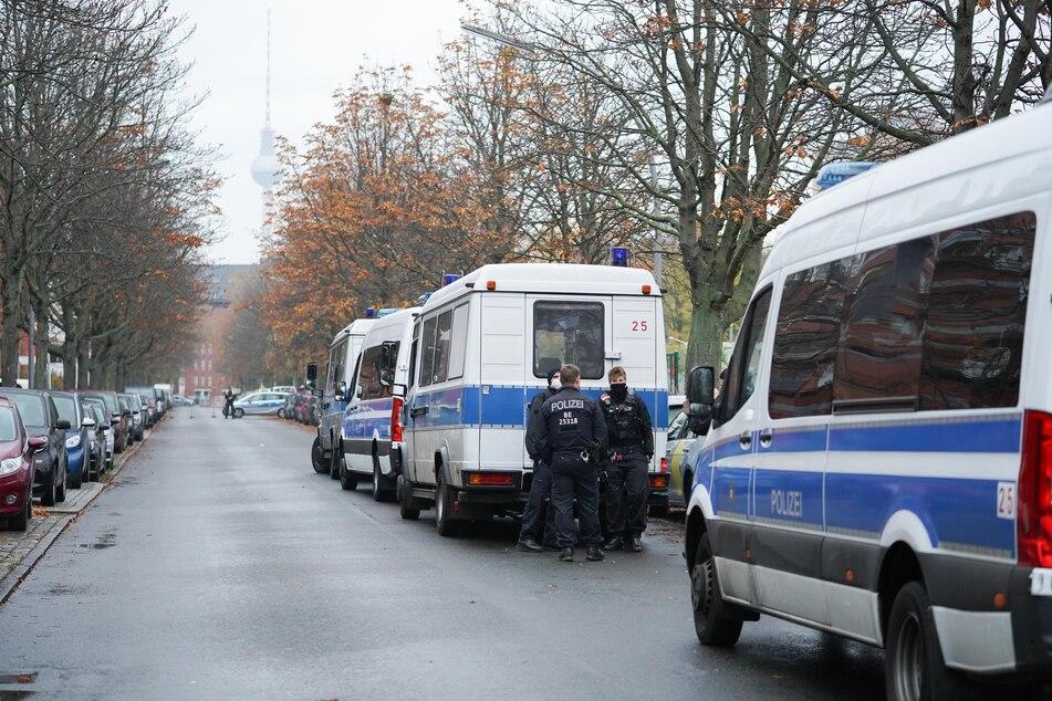 In Berlin-Kreuzberg soll am Samstag eine 250 Kilogramm schwere Weltkriegsbombe entschärft werden.