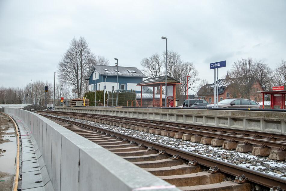Chemnitzer Modell: Bauarbeiten am Bahnhof Zwönitz liegen im Zeitplan