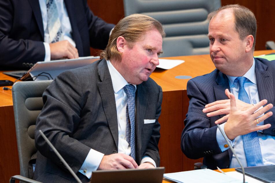 Steuerausfälle und Corona-Rettungsschirm: Streit im NRW-Landtag