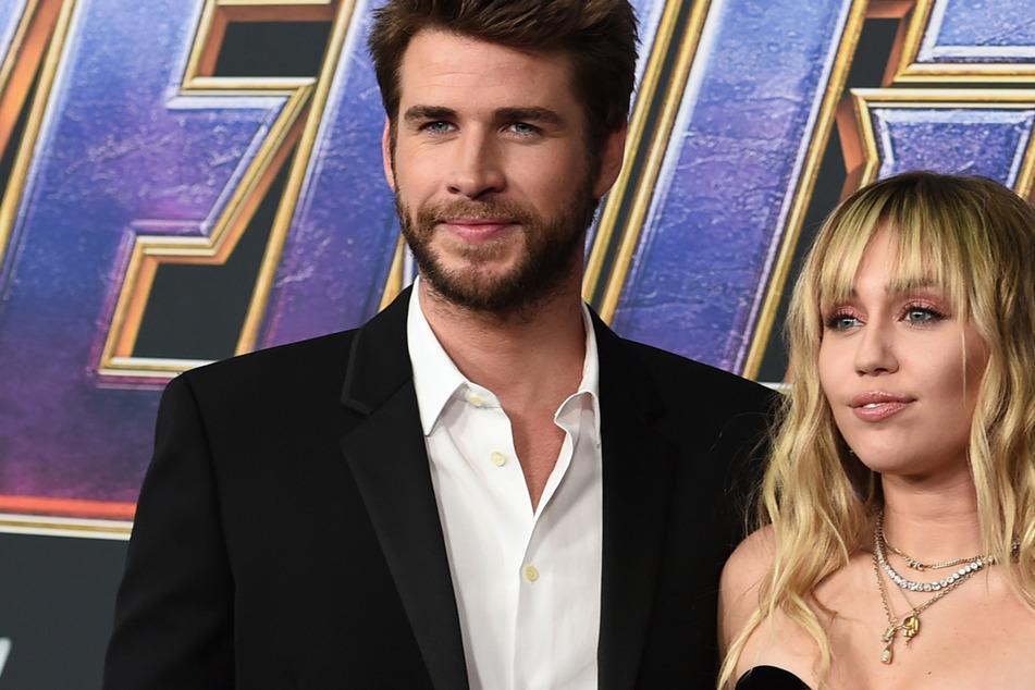 Krasse Beichte: Miley Cyrus hat Liam Hemsworth wegen ihrer Jungfräulichkeit angelogen