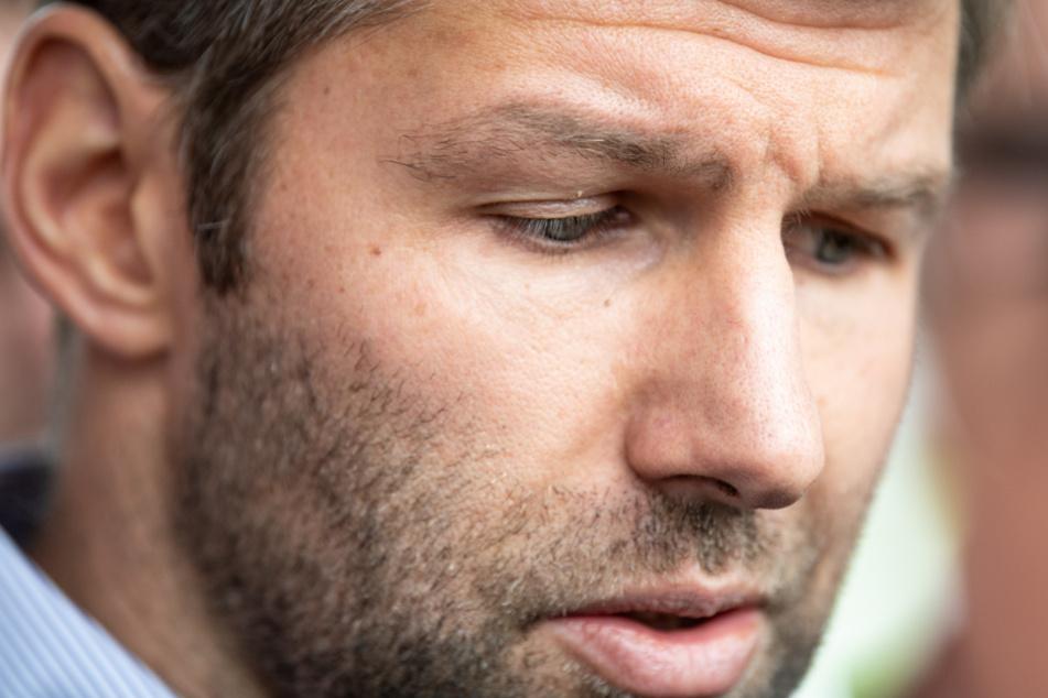 Vorstandsvorsitzender des VfB Stuttgart mit bedrückter Miene: Thomas Hitzlsperger.