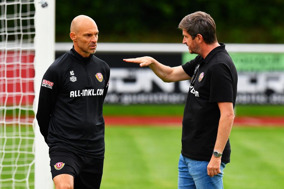 Das 0:3 gegen Paderborn werden Trainer Alexander Schmidt (52, l.) und Ralf Becker (50) intensiv auswerten.
