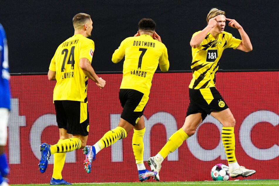 Alles Kopfsache! Stürmer Erling Haaland (r.) legte für den BVB das 2:0 nach.