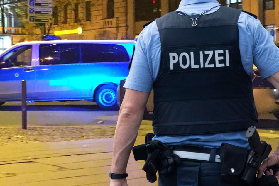 Alarm in Würzburg: Mann rastet aus, zückt Messer und droht zwei Menschen mit dem Tod