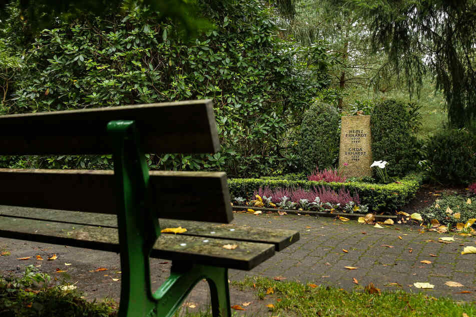 Der Ohlsdorfer Friedhof in Hamburg: Nahe der Kapelle 4 gab es am Sonntag einen Polizeieinsatz.