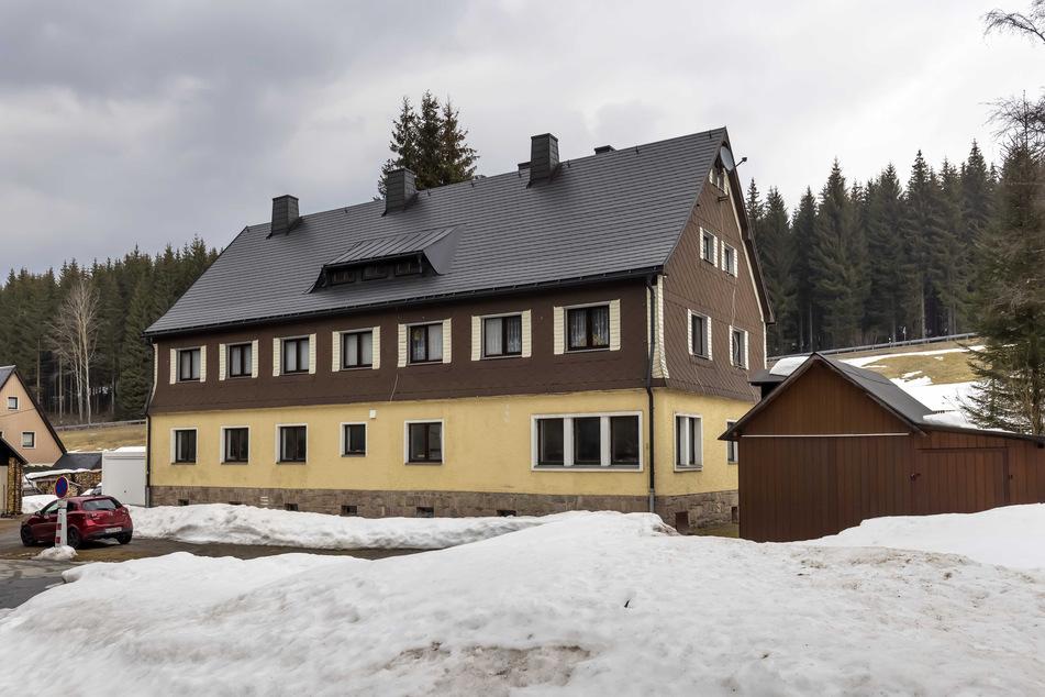 Das historische Zollhaus wurde nun saniert und zur außergewöhnlichen Herberge umgewidmet.