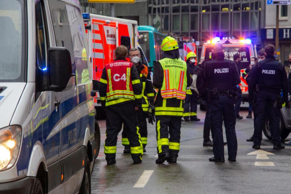Mann attackiert Menschen mit Messer im Frankfurter Bahnhofsviertel: Mehrere Schwerverletzte