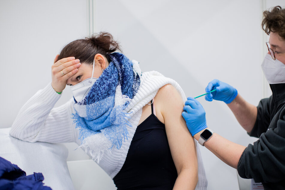 Ab dem 8. April können sich Menschen unter 80 Jahren in NRW regulär gegen das Coronavirus impfen lassen. (Symbolbild)