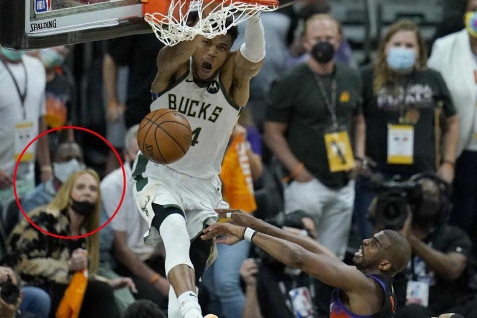 Unscharf zu erkennen: Sängerin Adele (33, l.) beobachtete mit Rich Paul (39) gebannt das Basketballspiel der Phoenix Suns gegen die Milwaukee Bucks. Letztere gewonnen knapp.